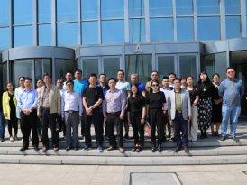 中国海洋大学管院总裁班组织学员赴红岛高新区参观考察
